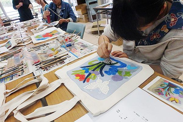 紅型づくり体験 沖縄修学旅行体験学習